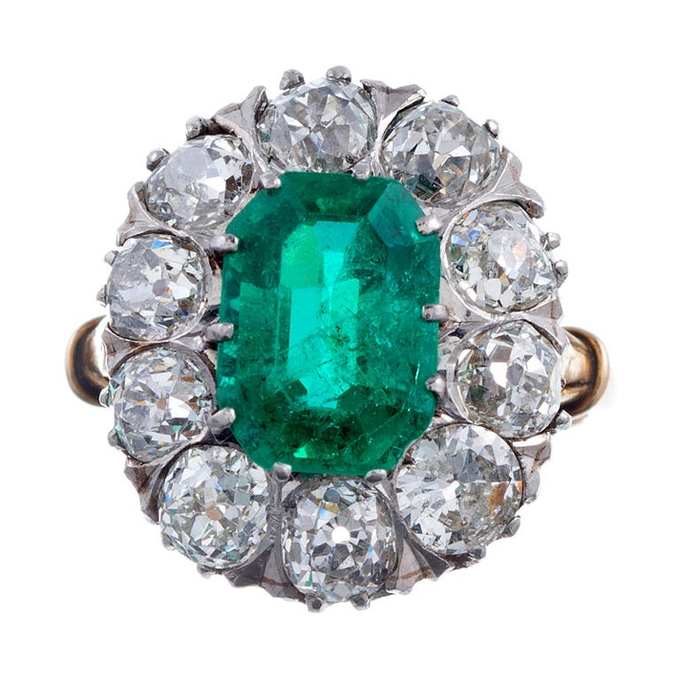 Antique Emerald And Diamond Yellow Gold Cluster Ring At