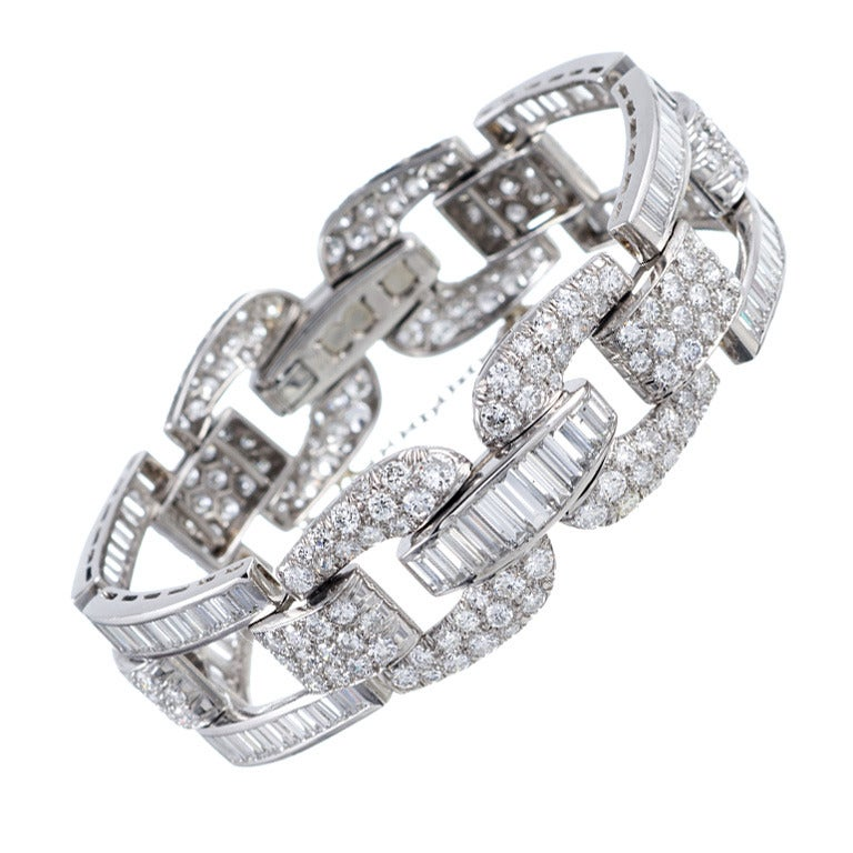 High Glamour, 1950s Round and Baguette Cut Diamond Bracelet 1