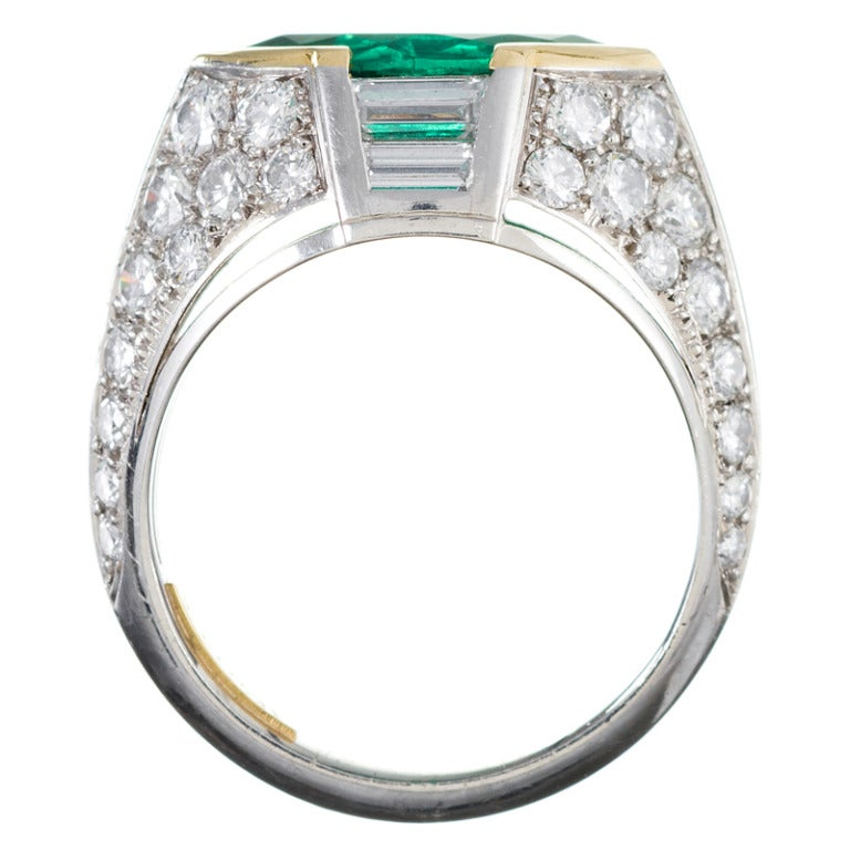 Contemporary Hand Made Marquise Emerald and Diamond Ring For Sale 1
