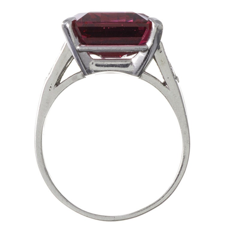 Alluring 1950s Spinel Cocktail Ring 4