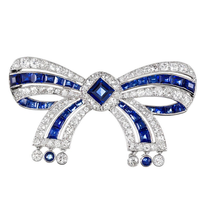 Cartier Important Early Art Deco Sapphire Diamond Bow Pin For Sale