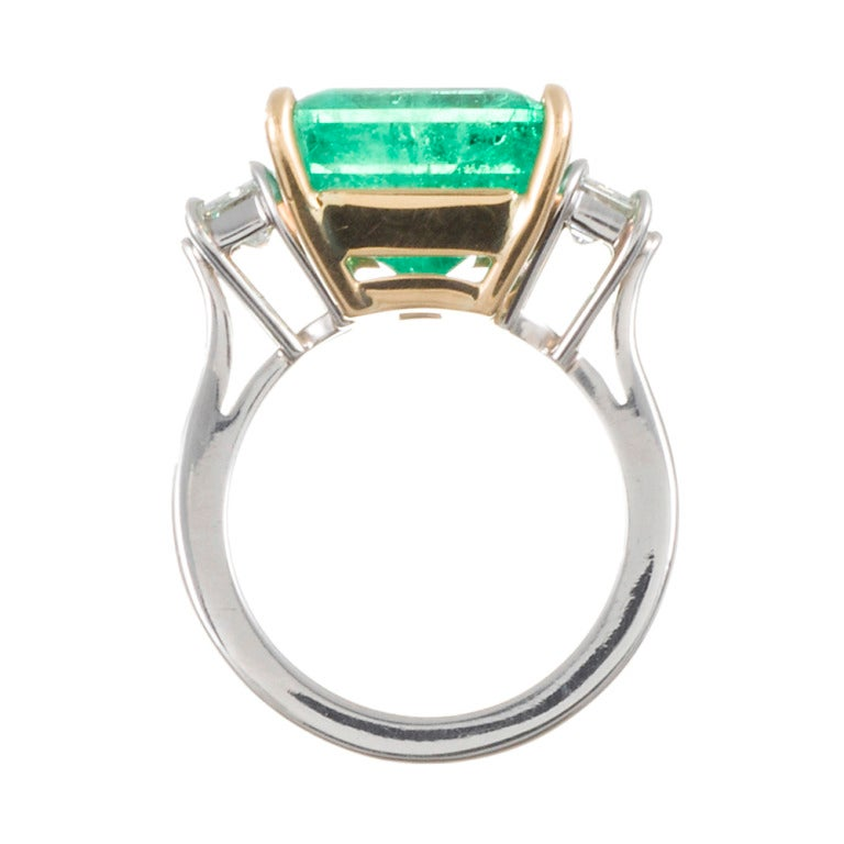 Women's Aletto Brothers Emerald Diamond Three-Stone Ring For Sale