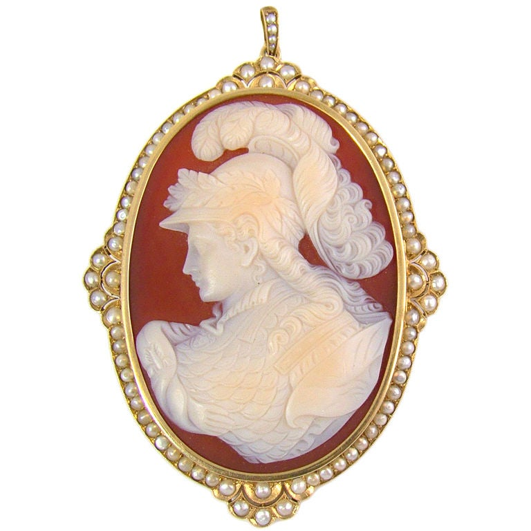 Large Victorian Cameo Pearl Gold Pendant Brooch