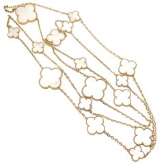 VAN CLEEF & ARPELS Magic Alhambra Mother of Pearl Necklace
