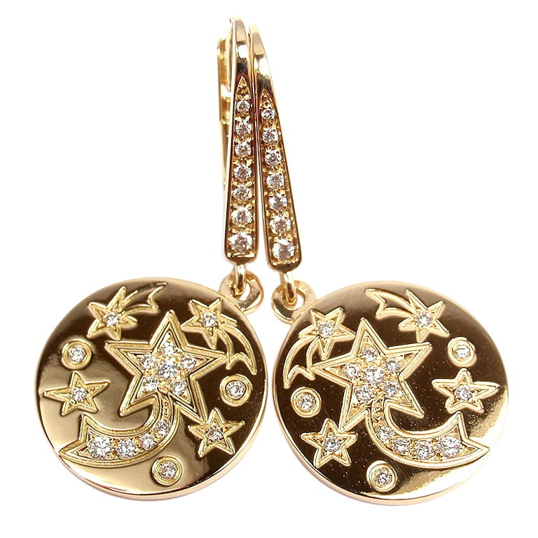 chanel comete diamond star yellow gold earrings at 1stdibs. Black Bedroom Furniture Sets. Home Design Ideas
