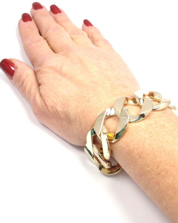 VERDURA Extra Large Heavy Curb-Link Yellow Gold Bracelet 8