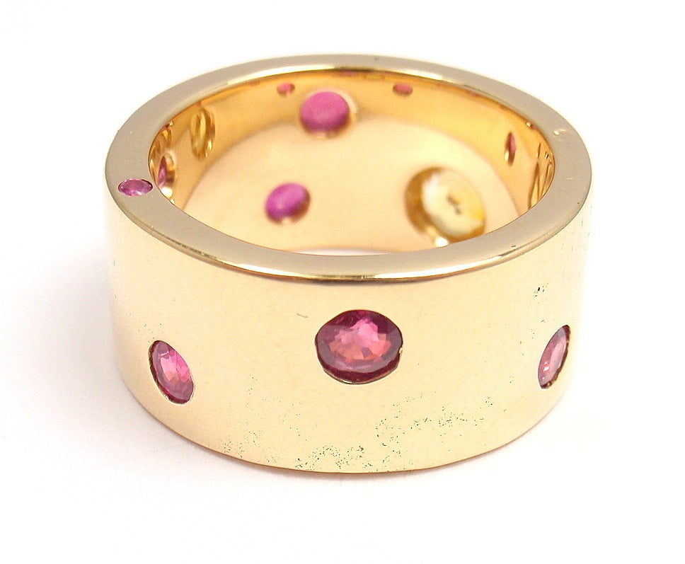 CHANEL Ruby & Yellow Sapphire Yellow Gold Ring In New Condition For Sale In Holland, PA