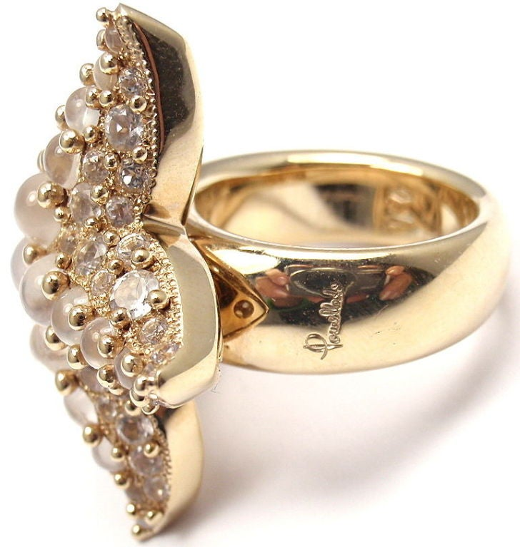 POMELLATO Sirene Moonstone Starfish Yellow Gold Ring In New Condition For Sale In Southampton, PA