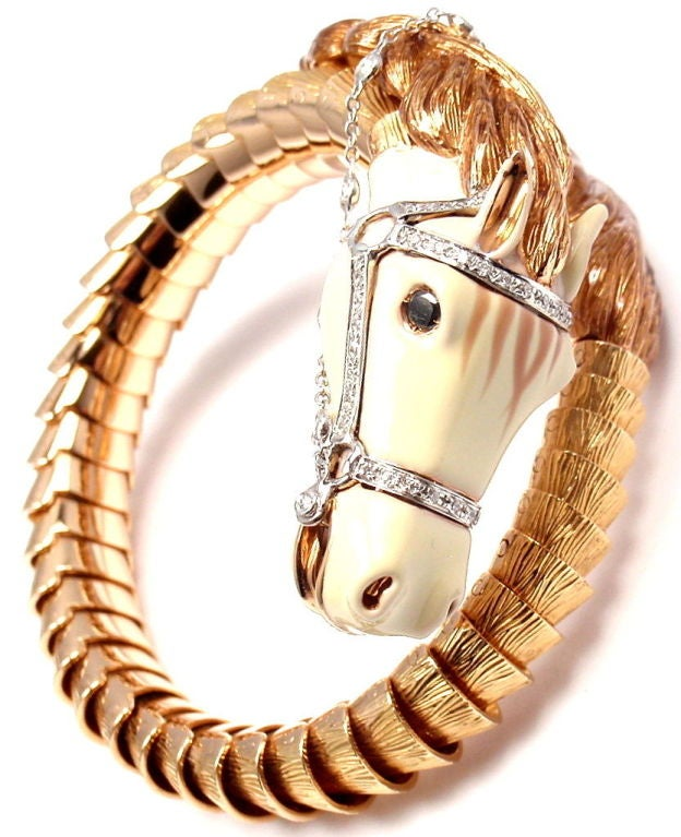 18k Rose Gold Horse White Enamel & Diamond Bangle Bracelet by Roberto Coin. This bracelet comes with an original Roberto Coin box and certificate. With 57 round brilliant cut diamonds, VS2 clarity, G color. Total Diamond Weight: 0.54CT. And one