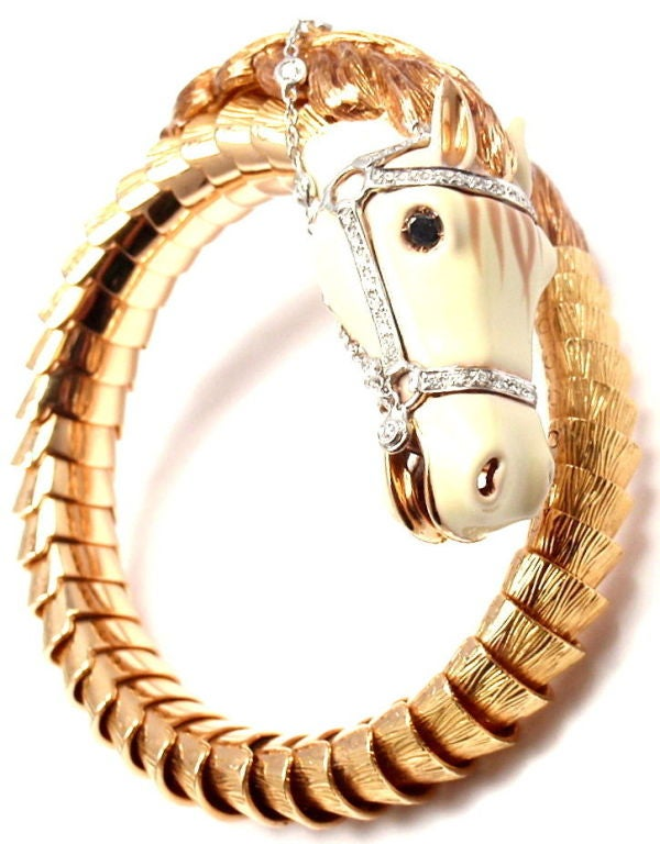 ROBERTO COIN Horse White Enamel & Diamond Rose Gold Bracelet In New Condition For Sale In Holland, PA
