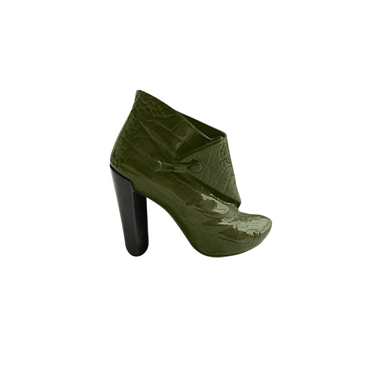 louis vuitton patent crocodile green leather ankle boots