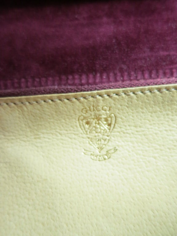 Vintage GUCCI 1970's flora embroidered suede purse image 7