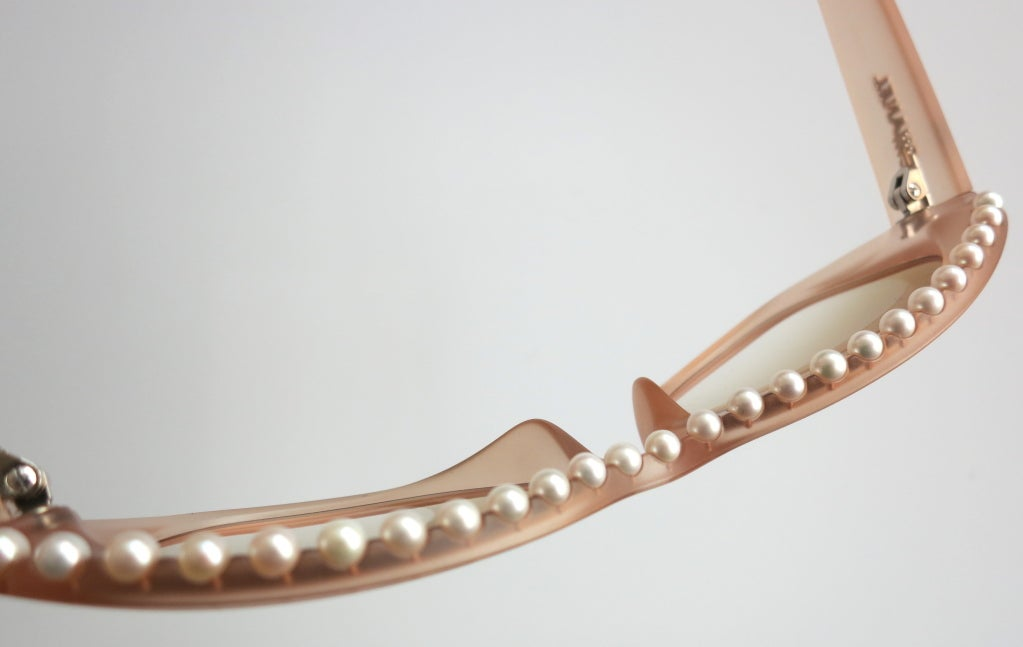 Unworn CHANEL PARIS encapsulated fresh water pearl sunglasses image 3