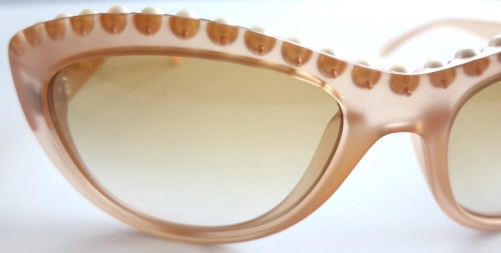 Unworn CHANEL PARIS encapsulated fresh water pearl sunglasses image 4