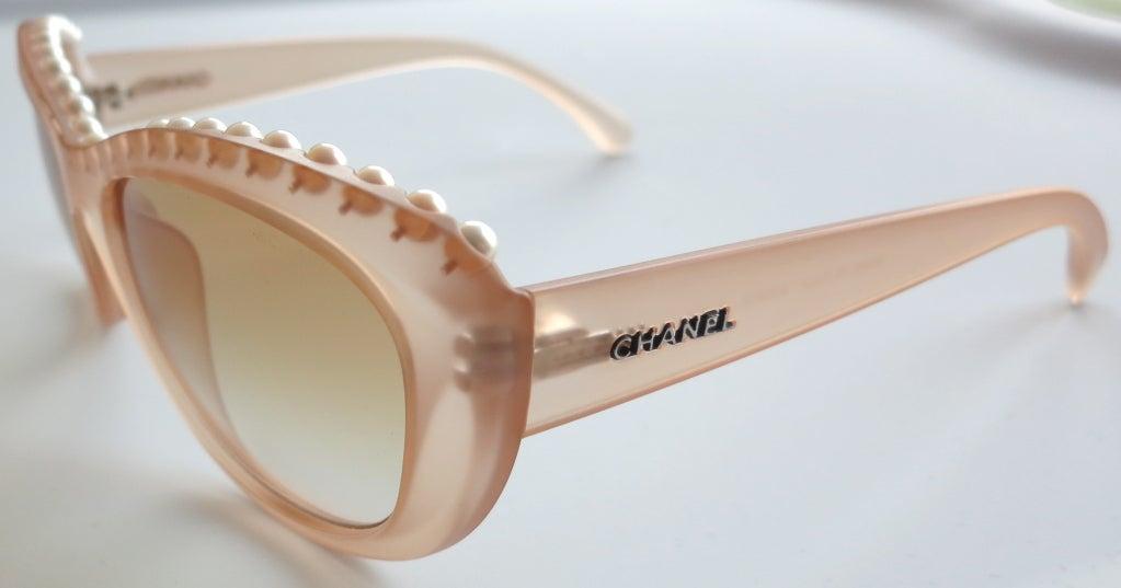 Unworn CHANEL PARIS encapsulated fresh water pearl sunglasses image 5