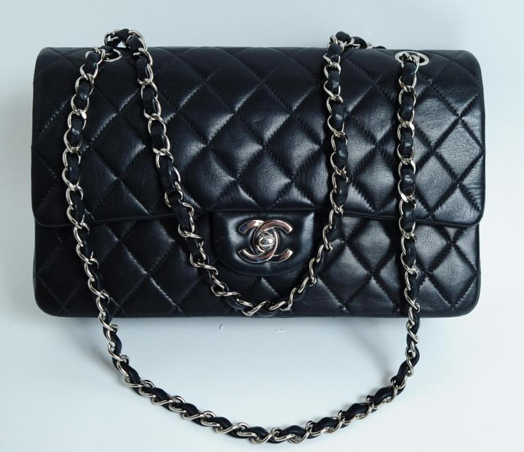 CHANEL PARIS Classic 2.55 Black quilted leather purse image 2