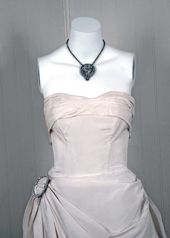 1950's Ivory-White Strapless Draped-Swag Taffeta Starlet Gown 3