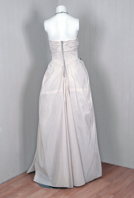 1950's Ivory-White Strapless Draped-Swag Taffeta Starlet Gown 5