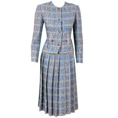 1970's Chanel Ribbon-Weave Wool Pleated-Skirt Fitted Dress Suit
