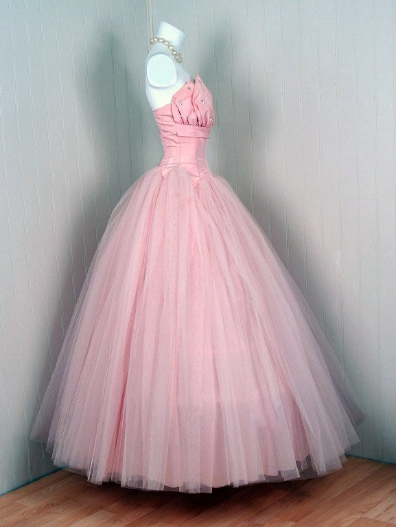 1950's Champagne-Pink Taffeta & Tulle Petal-Bust Strapless Gown 3