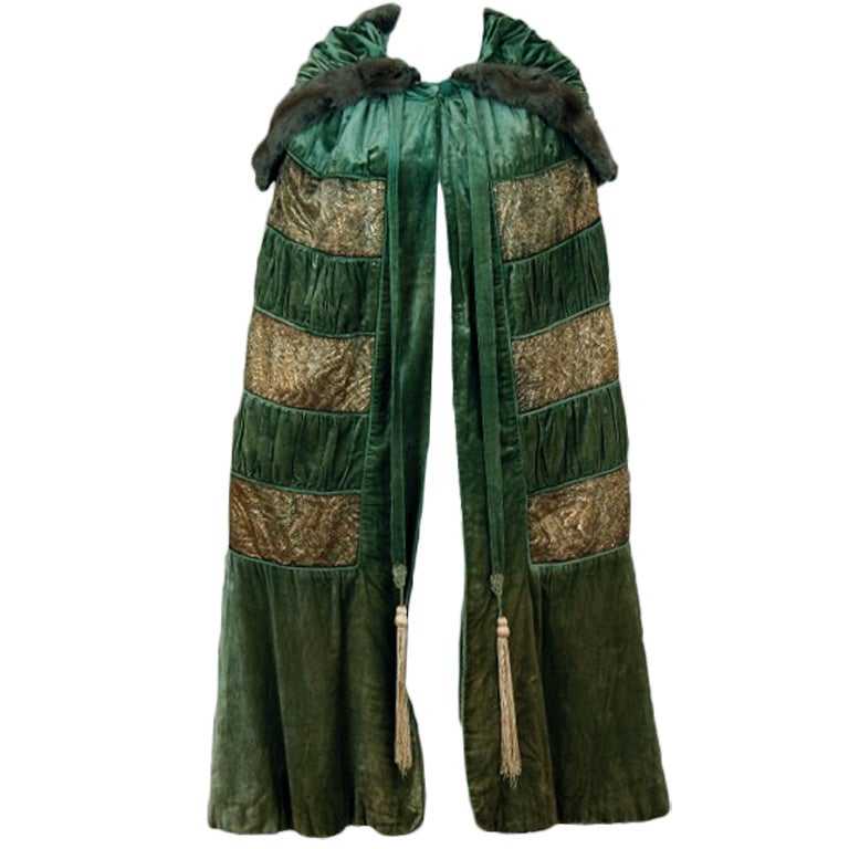 1920's Opulent Metallic Gold-Lame & Sage-Green Velvet Cape-Coat 1
