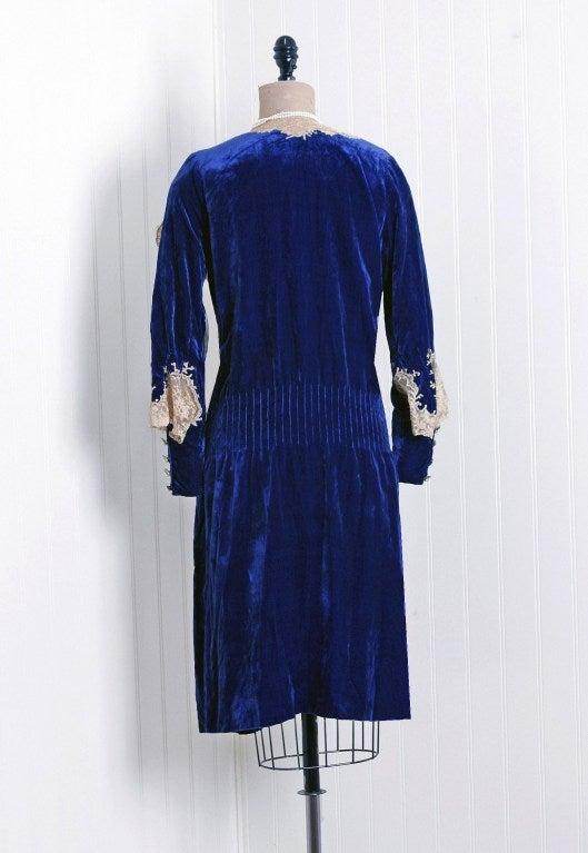 1920's Sapphire-Blue Velvet & Lace Evening Flapper Dress 2