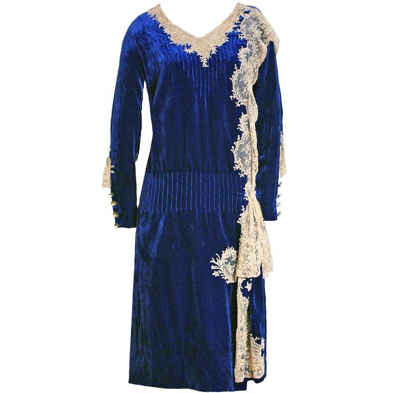 1920's Sapphire-Blue Velvet & Lace Evening Flapper Dress