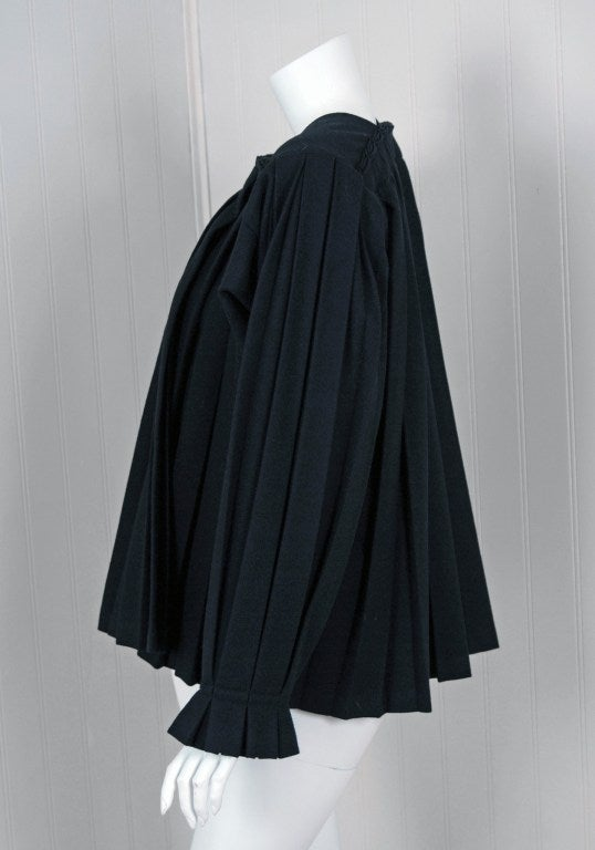 1990's Issey Miyake Pleated Black Wool Cropped Swing Coat Jacket 3