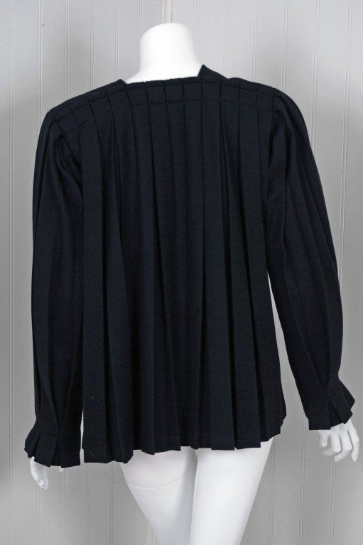 1990's Issey Miyake Pleated Black Wool Cropped Swing Coat Jacket 6