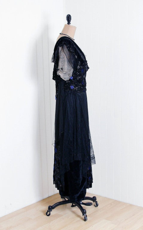 1910's Edwardian Sequin-Sparkle Silk & Chantilly-Lace Tea Gown 5