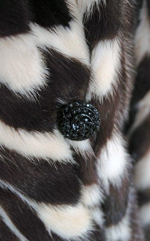 1960's Luxurious Op-Art Stripe Mink-Fur Double-Breasted Coat 2