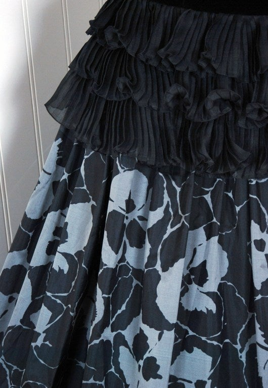 1980's Gucci Couture Black Velvet & Floral Print Silk Strapless Party Dress In Excellent Condition For Sale In Beverly Hills, CA