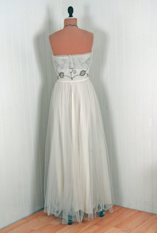 1940's Bergdorf Goodman Ivory-White Sequin Metallic Embroidery Strapless Gown For Sale 2
