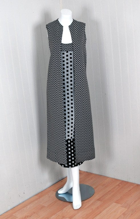 Women's 1971 Rudi Gernreich Op-Art Gray & Black Checkered Dress & Vest For Sale