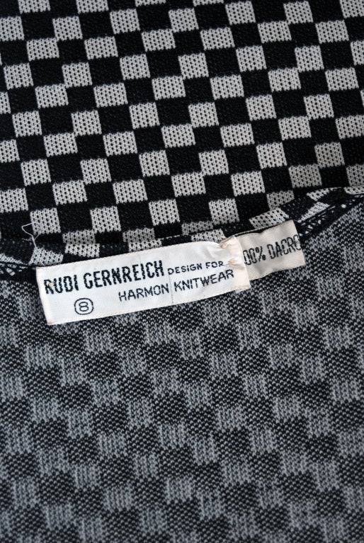 1971 Rudi Gernreich Op-Art Gray & Black Checkered Dress & Vest For Sale 3