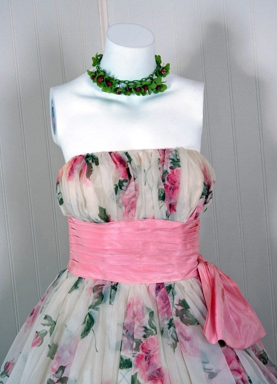 Women's 1950's Watercolor Pink-Roses Floral Strapless Full Party Dress For Sale