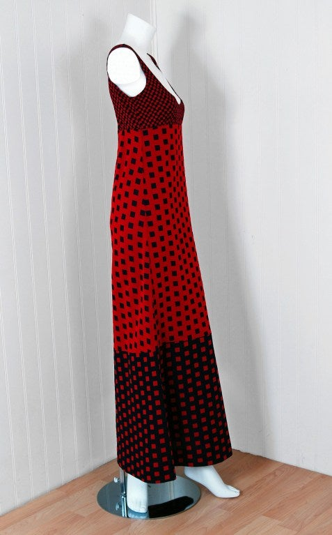 1971 Rudi Gernreich Op-Art Red & Black Checkered Graphic Dress 4