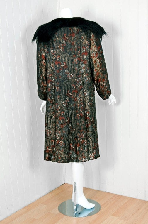 Women's 1920's French Haute-Couture Metallic-Lame & Monkey-Fur Flapper Evening Coat For Sale