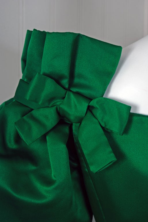 1980's Scaasi Emerald-Green Satin Nipped-Waist Cocktail Dress image 3