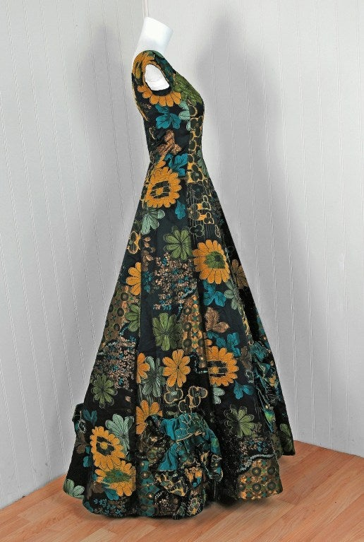1990's Oscar de la Renta Couture Metallic Floral Silk-Brocade Full Evening Gown 6