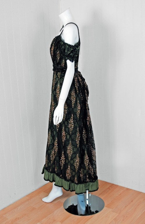 Women's 1910's Edwardian Sage-Green Beaded French Floral Lace Off-Shoulder Evening Gown For Sale