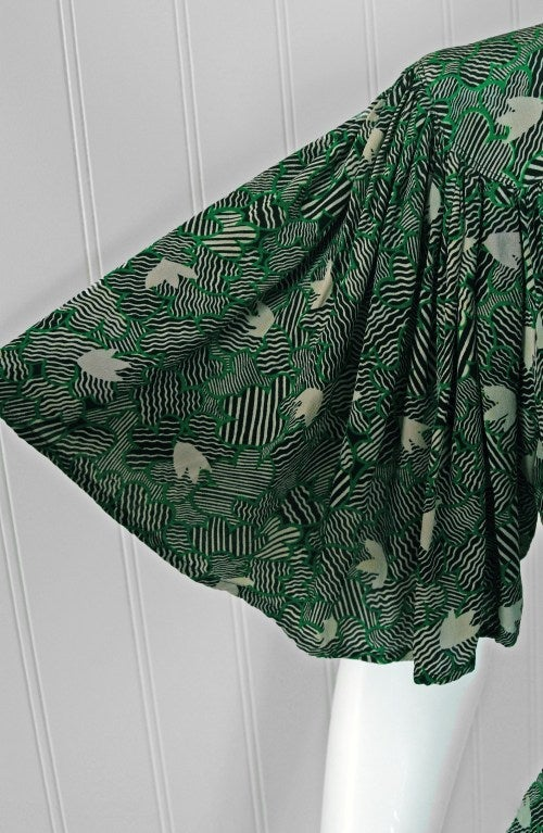 1970's Ossie Clark Green-Silk Celia Birtwell Print Plunge Dress 4