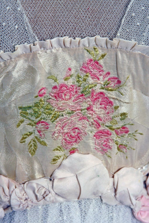 Women's 1910's Edwardian Ivory-White Lace & Watercolor Garden-Floral Silk Tea Dress For Sale