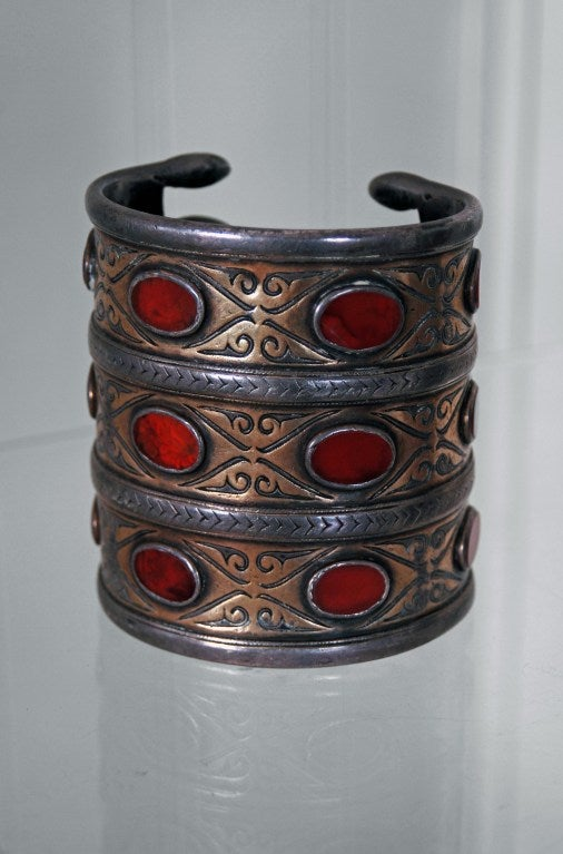 Early Victorian 1880's Huge Antique Victorian Couture Silver and Carnelian Pair Cuff Bracelets For Sale