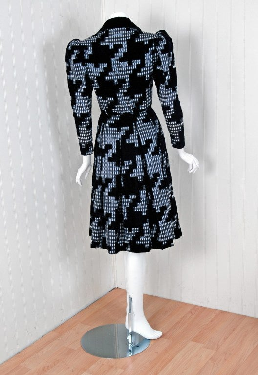 Women's Vintage 1978 Givenchy Haute-Couture Gingham Print Silk Princess Coat Dress For Sale