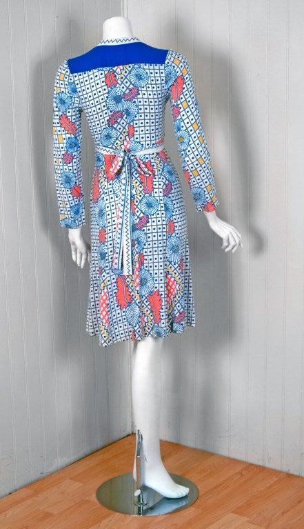 1974 Ossie Clark Colorful Celia Birtwell Print Cotton Low-Plunge Wrap Dress For Sale 1