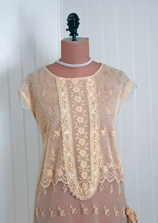 Brown 1920's Embroidered Ecru Floral Net-Lace & Irish Crochet Sheer Flapper Dress For Sale