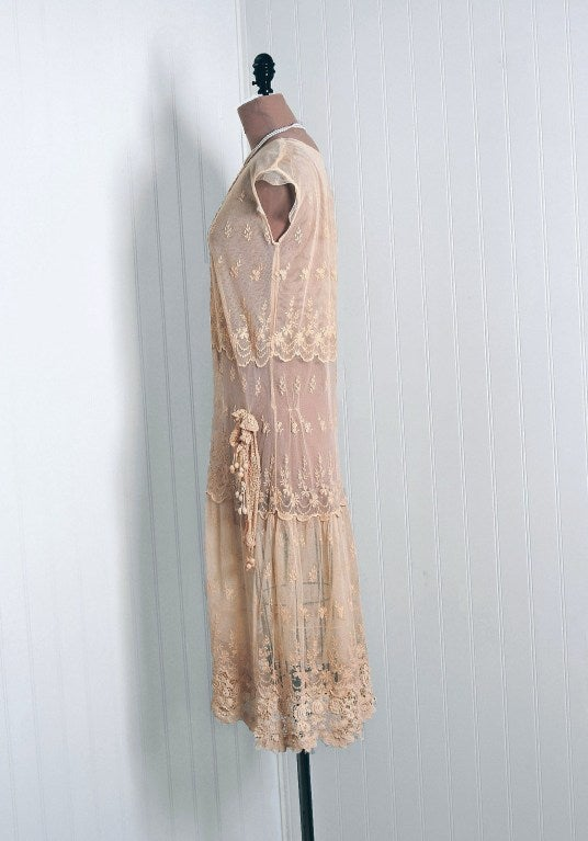 Women's 1920's Embroidered Ecru Floral Net-Lace & Irish Crochet Sheer Flapper Dress For Sale