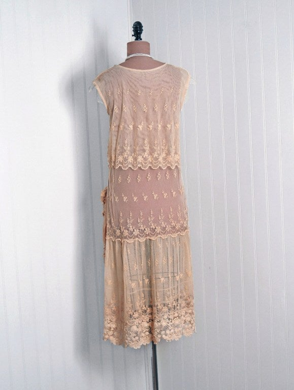 1920's Embroidered Ecru Floral Net-Lace & Irish Crochet Sheer Flapper Dress For Sale 1