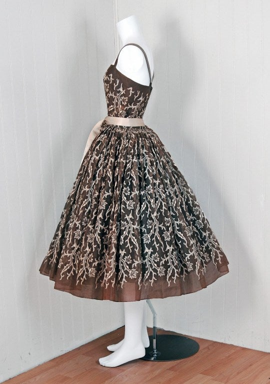 1954 Traina-Norell Embroidered Leaves Motif Mocha Silk-Organza Full Party Dress 5
